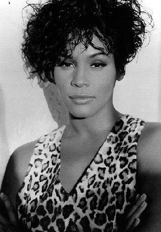 Тип: Гексли, ИЭЭ Подтип: ИЛ           Женщина  Уитни Хьюстон (Whitney Houston)