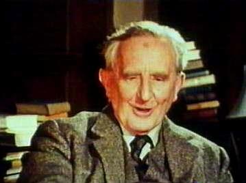 Тип: Есенин, ИЭИ Подтип: ИЛ           Мужчина  Джон Рональд Руэл Толкин (John Ronald Reuel Tolkien)